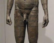 "Personaje Cuadricula, 2009, bronze, ed. 1/8, 41 3/10 x 12 3/5 x 5 9/10"""
